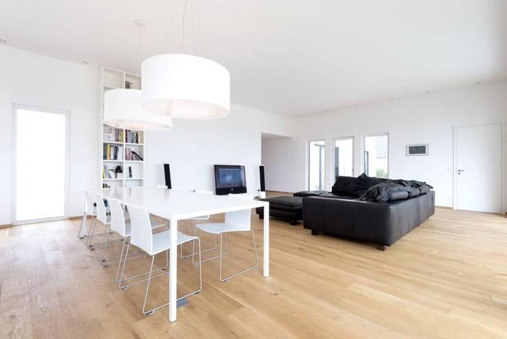 Projekty,  Salon zaprojektowane przez wir leben haus