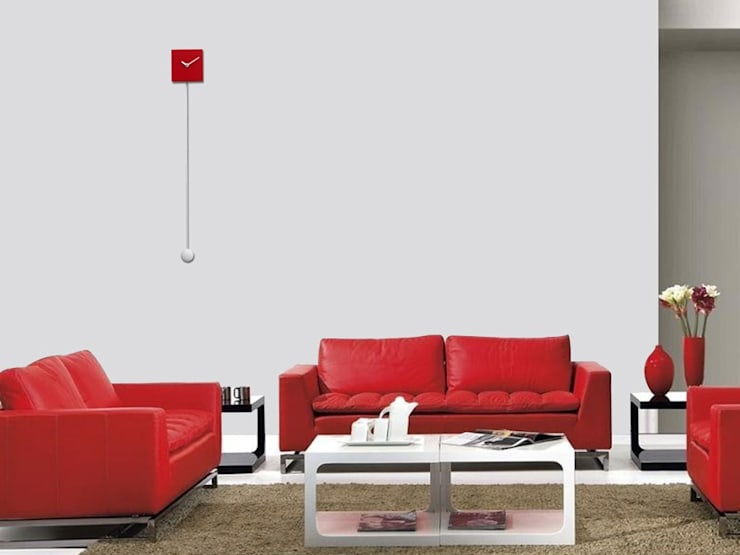 Progetti Long Time Red:  Living room by Just For Clocks