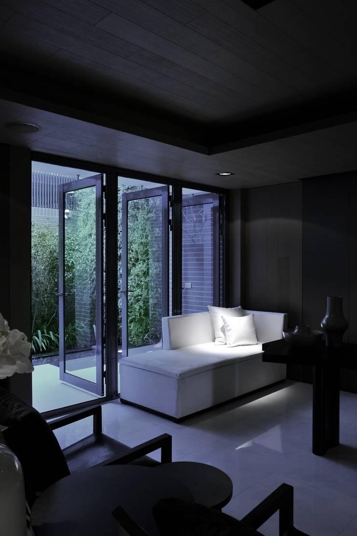 會客室:  書房/辦公室 by 原形空間設計