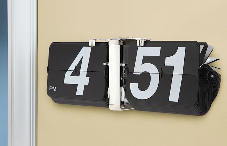 Kairos Giant Wall Flip Clock Black:  Living room by Just For Clocks