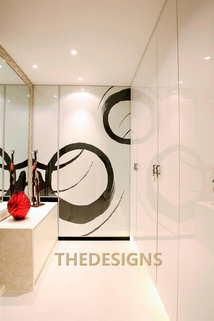 용인 삼성쉐르빌 65PY: thedesigns의  복도 & 현관