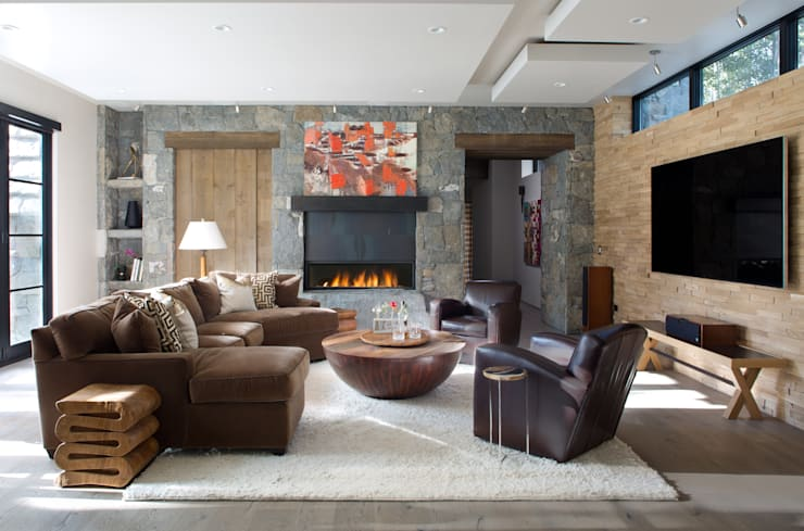 Contemporary Mountain Chalet:  Media room by Andrea Schumacher Interiors