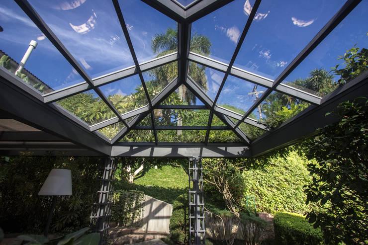 Projekty,  Ogród zimowy zaprojektowane przez Belas Artes Estruturas Avançadas