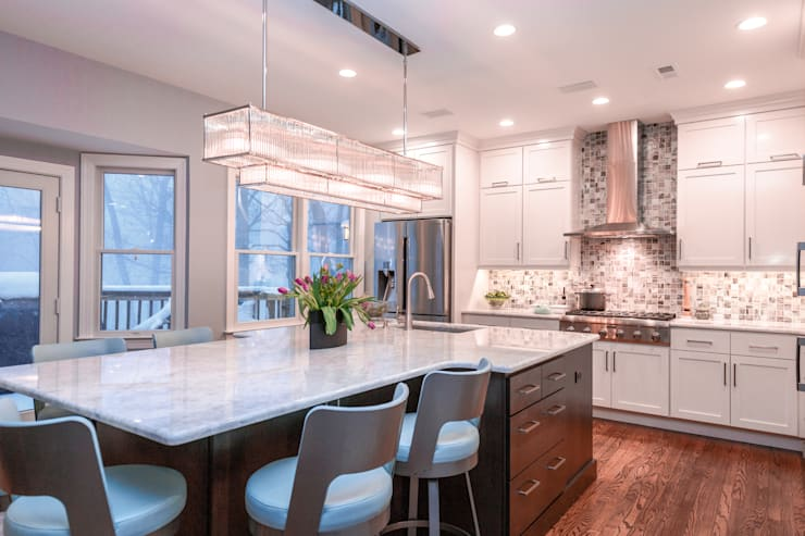 White Delight:  Built-in kitchens by PERFORMANCE KITCHENS & HOME