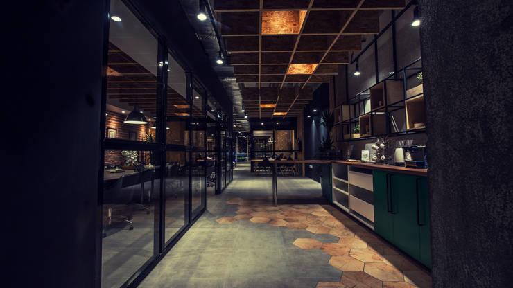ِشركة أبواب :  مكاتب ومحلات تنفيذ FN Design,