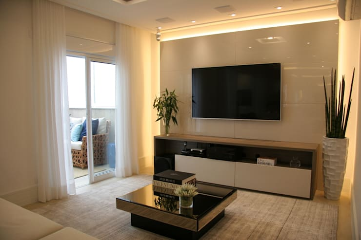modern Living room by Moussi Arquitetura