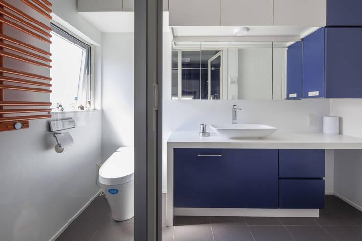 前田敦計画工房의  욕실