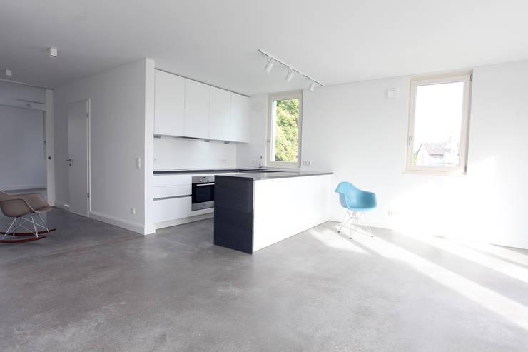 offene Küche :  Küche von Neugebauer Architekten BDA