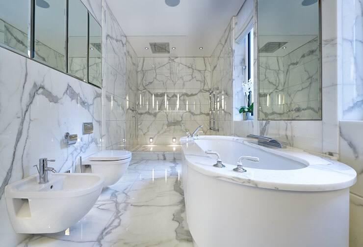 Bagni In Marmo Di Carrara : Marmo di carrara in casa suggerimenti e idee