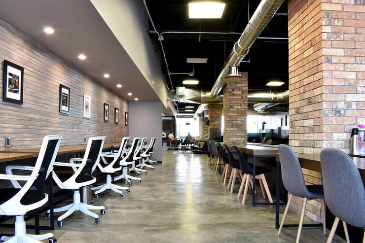 Portada: Estudios y oficinas de estilo industrial por Alameda Estudio