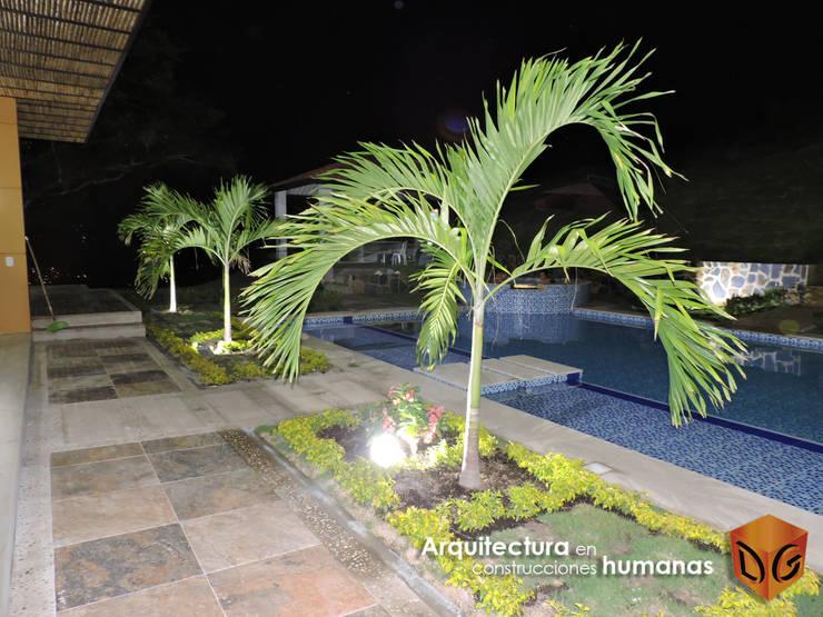 JARDINES: Jardines de estilo moderno por DG ARQUITECTURA COLOMBIA