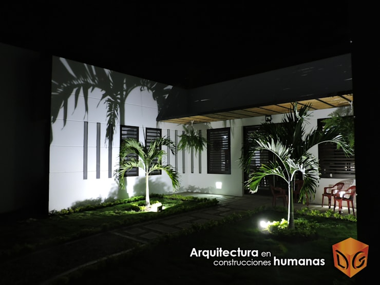 ACCESOS: Fincas de estilo  por DG ARQUITECTURA COLOMBIA