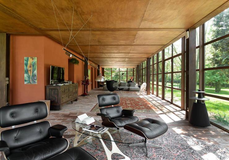 Phòng khách by zanon architetti associati