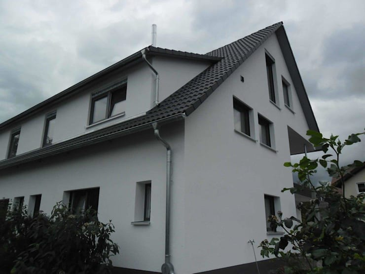 Entkernung und komplette Modernisierung eines Zweifamilienwohnhauses PD:   von a r c h i t e k t u r b ü r o grimm