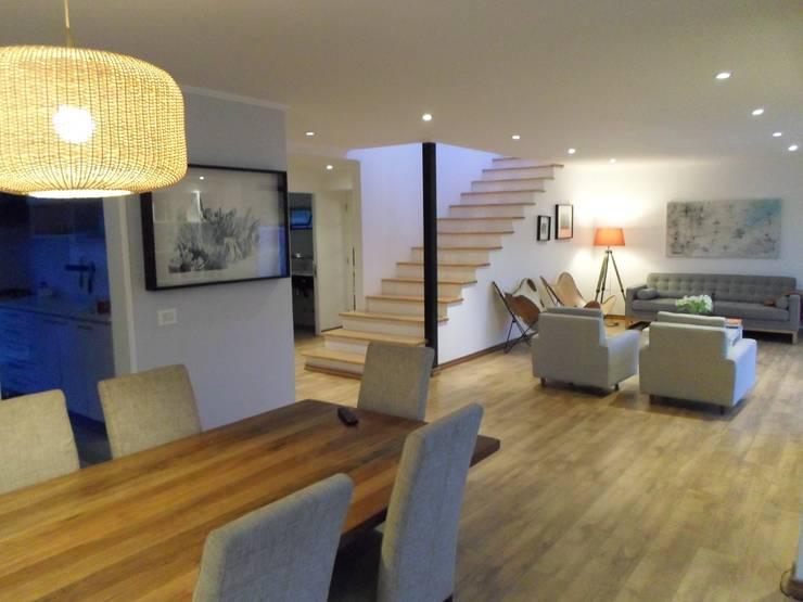 CASA BELLO HORIZONTE: Comedores de estilo  por [ER+] Arquitectura y Construcción