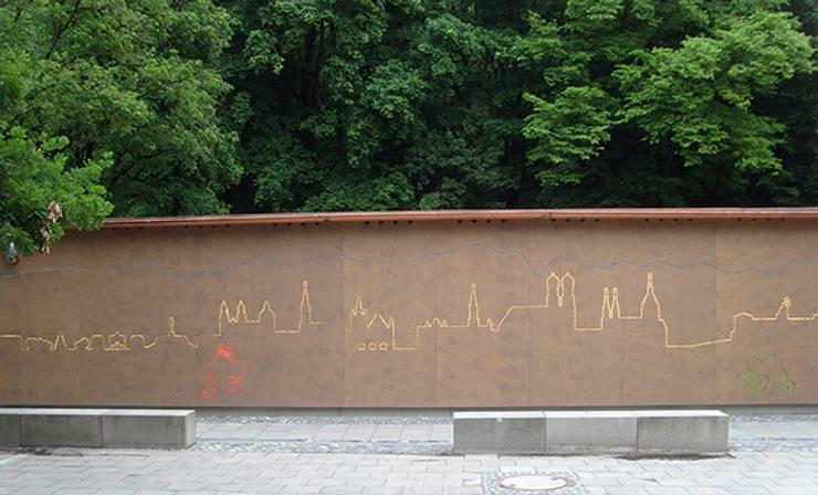 Spielgerätehaus München von Architekturbüro Michael Bidner Modern Holz Holznachbildung