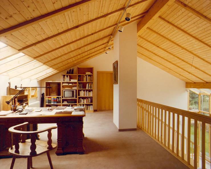 by Architekturbüro Michael Bidner Modern Wood Wood effect