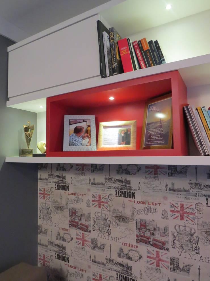 Modern Study Room and Home Office by Paula Szabo Arquitetura Modern