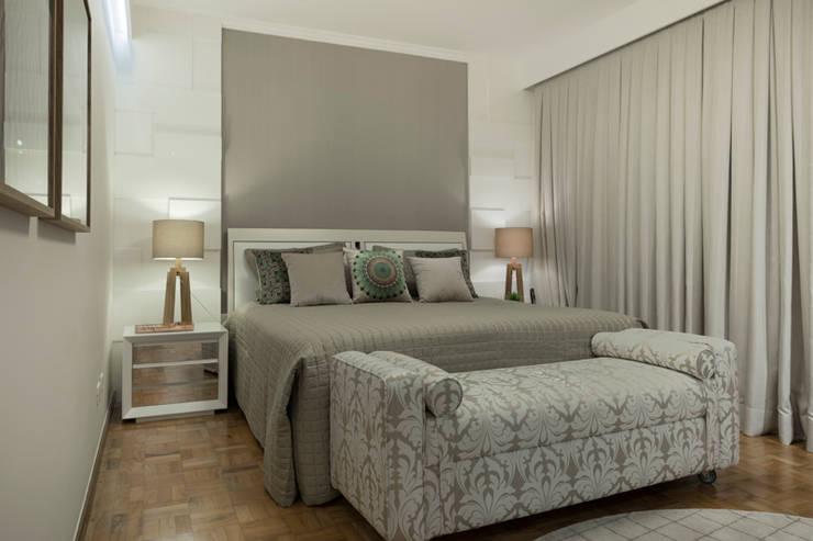 Recámaras de estilo  por Maluf & Ferraz interiores