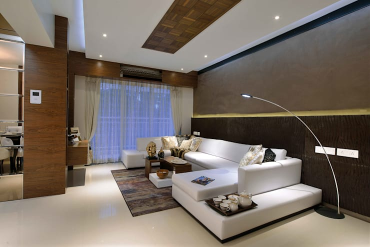 Heera High Life:  Living room by SM Studio