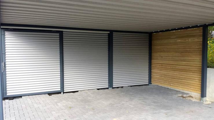 Stahlcarport mit Geräteraum:  Carport von Carport-Schmiede GmbH & Co. KG Hersteller für Metallcarports und Stahlcarports