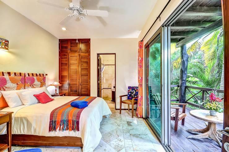 Slaapkamer door DHI Arquitectos y Constructores de la Riviera Maya