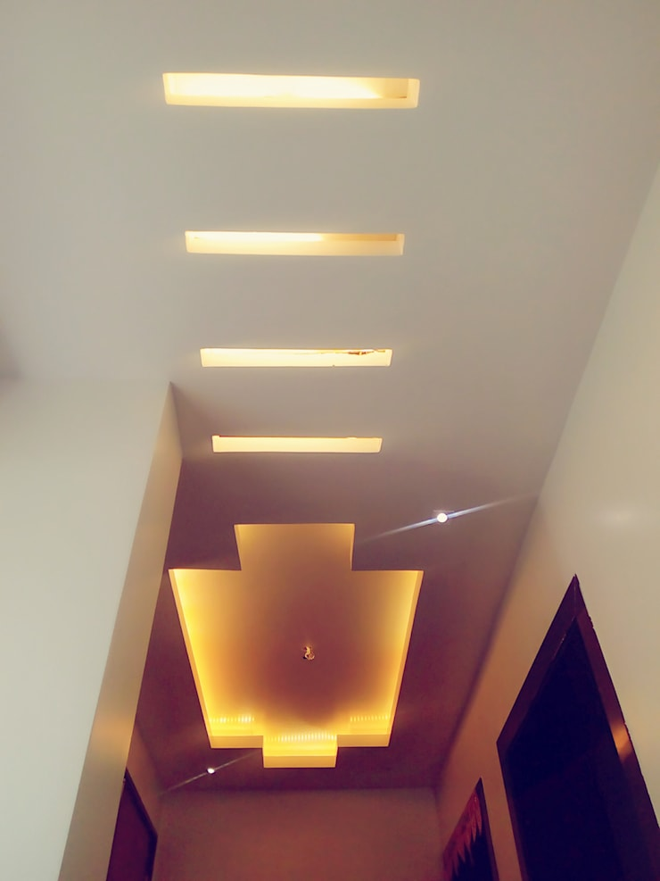 Bunglow Interiors at Warje, Pune:  Corridor & hallway by Finch Architects