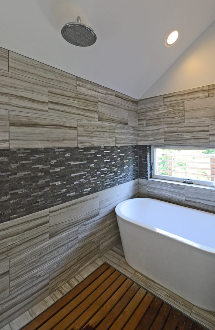 Brookland House Renovation/Addition:  Bathroom by ARCHI-TEXTUAL, PLLC