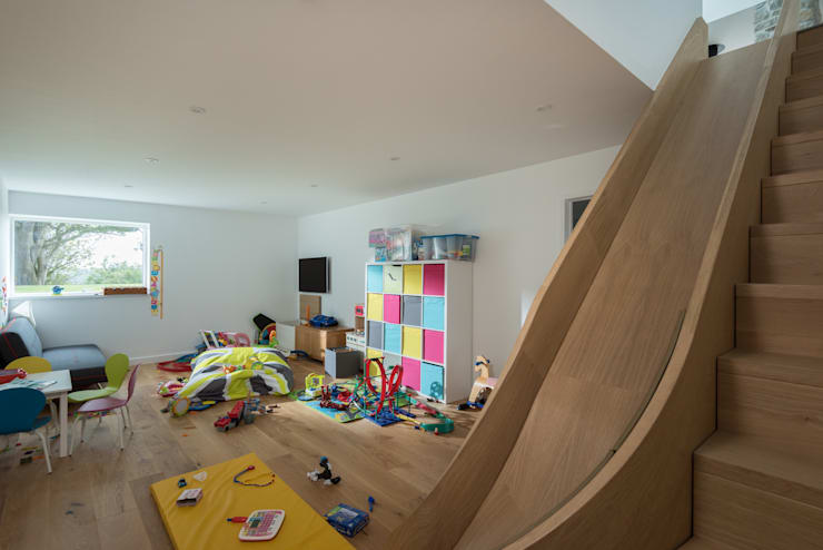 Contemporary Replacement Dwelling, Cubert:  Nursery/kid's room by Laurence Associates