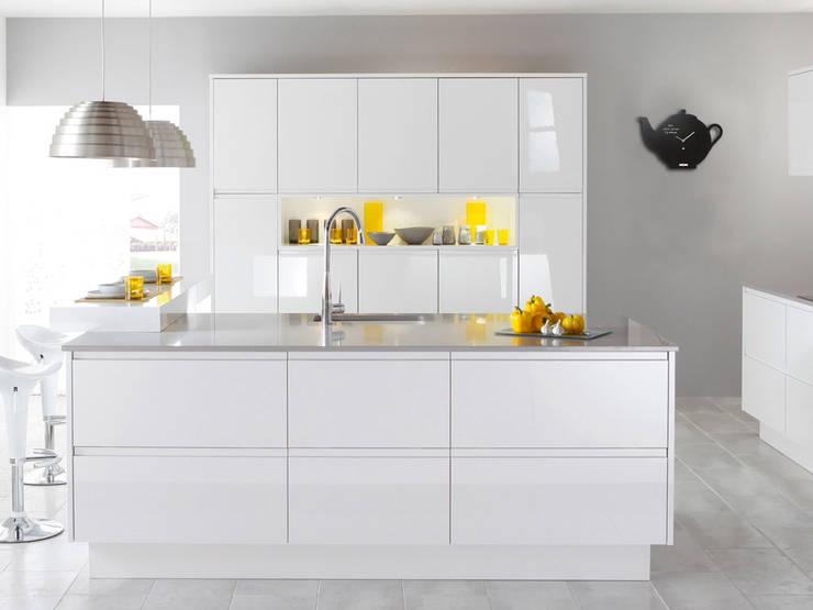 Pt Black Board Teapot Wall Clock: modern Kitchen by Just For Clocks