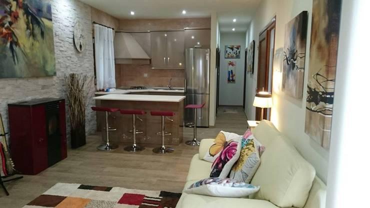 CASA DE DISEÑO PERSONALIZADA EN LA SERENA (BADAJOZ): Cocinas de estilo  de MODULAR HOME