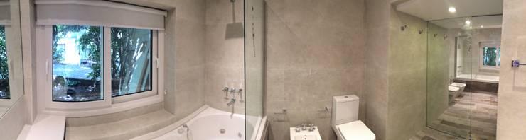 Baño Principal. Vista panorámica.: Baños de estilo  por NG Estudio,