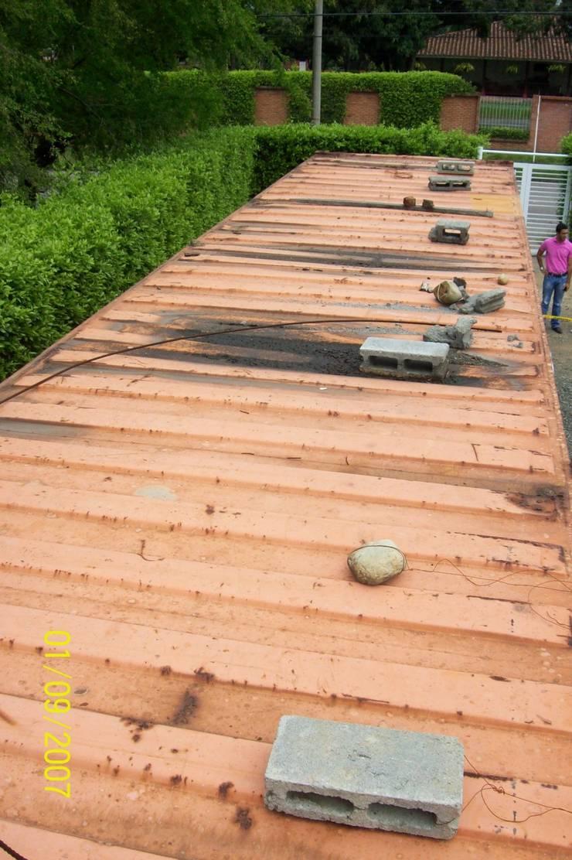 Reciclaje de contenedor: Casas prefabricadas de estilo  por Home Box Arquitectura