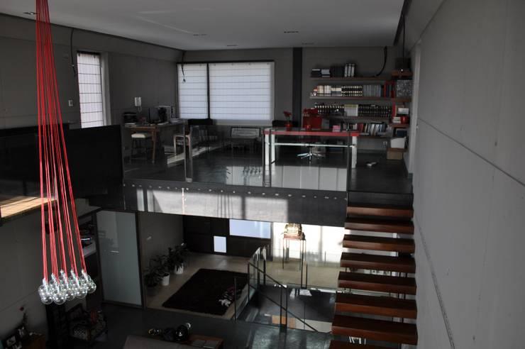 Estudios y oficinas de estilo  por URBAQ arquitectos s.l.