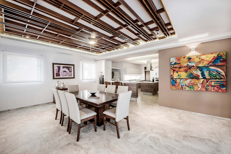Comedores de estilo  por Constructora e Inmobiliaria Catarsis