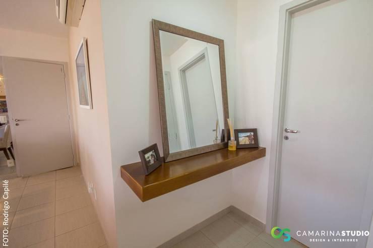 minimalistic Living room by Camarina Studio