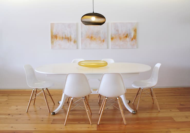 Dinning room Modern dining room by Tangerinas e Pêssegos - Design de Interiores & Decoração no Porto Modern Wood Wood effect