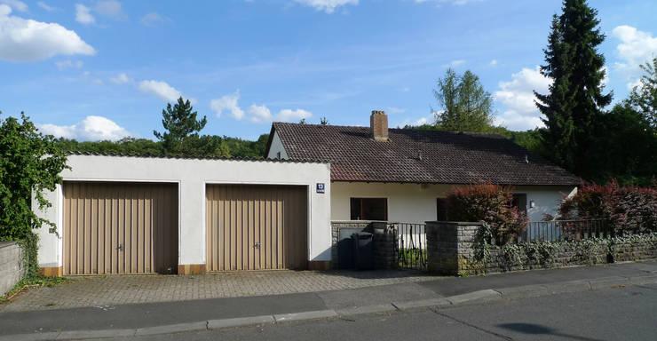 Wie neu geboren I Umbau und Sanierung eines Wohnhauses, Würzburg: rustikale Häuser von Stefan Lang I Architektur und Energie