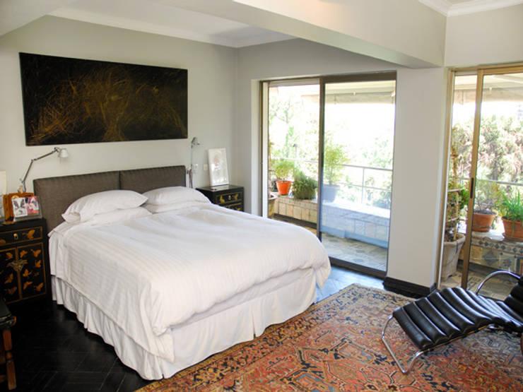 Dormitorio Principal: Dormitorios de estilo  por Francisco Vicuña Balaresque