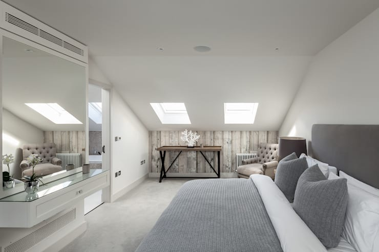 Kensington Town House:  Bedroom by London Home Staging Ltd