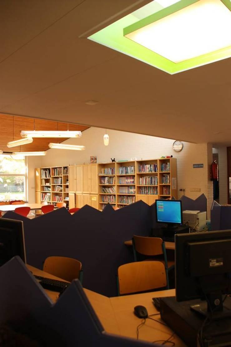 Lagere school De Wingerd Oldehove:  Scholen door janny doornbos architektonische vormgeving, Modern