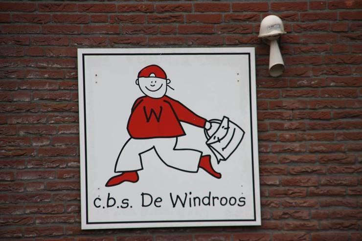 c.b.s De Windroos Zuidhorn:  Scholen door janny doornbos architektonische vormgeving, Modern
