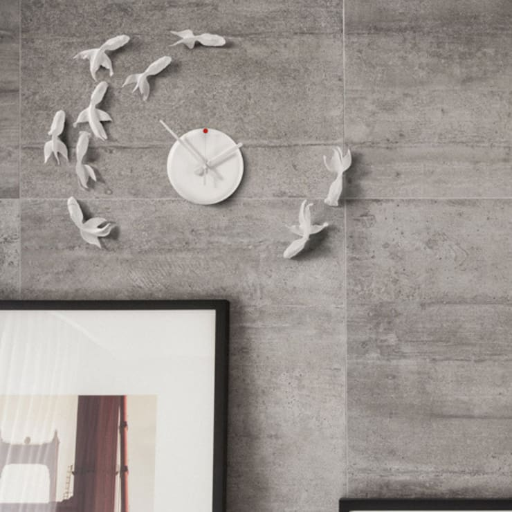 Haohsi Goldfish Clock Goodluck Nonstop:  Living room by Just For Clocks