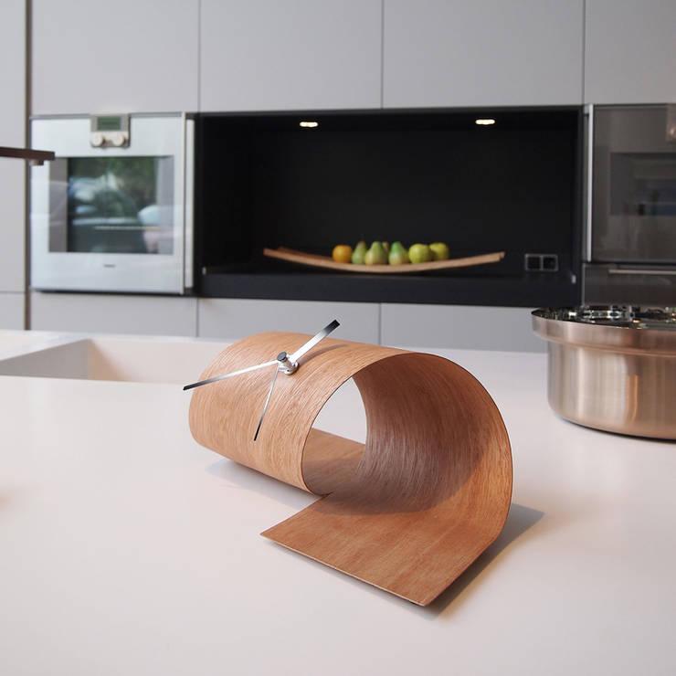 Tothora Loop - Cedar:  Kitchen by Just For Clocks