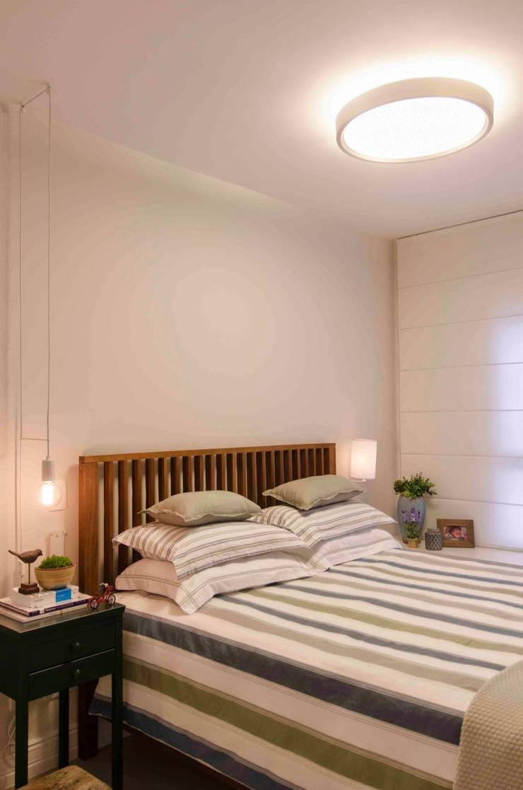 Dormitorios de estilo  por FÜLEP design + arquitetura, Moderno