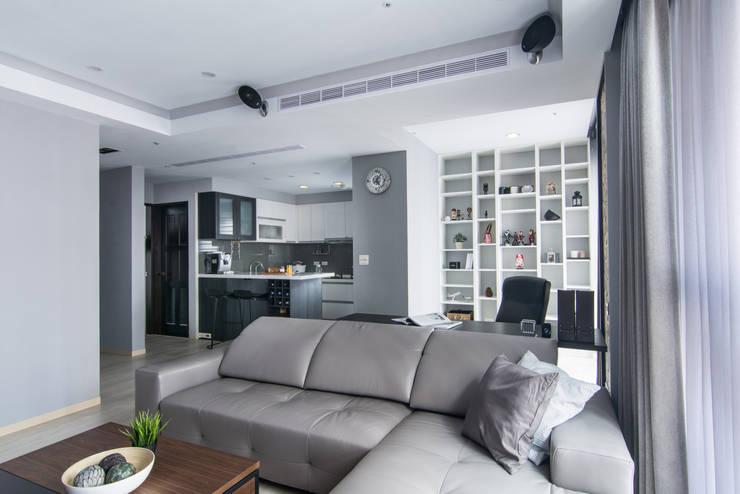築巢:  廚房 by 知域設計