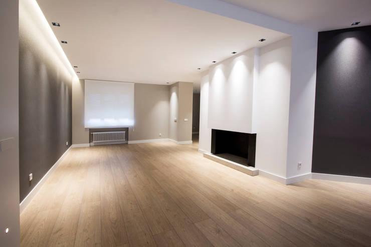 Reforma Piso en Avilés: Salones de estilo  de Bocetto Interiorismo y Construcción