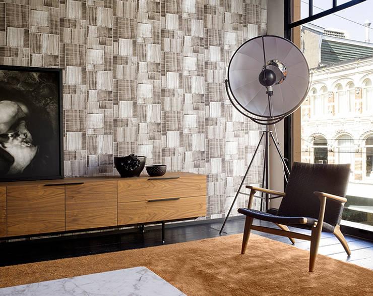 Mixed Moods Puzzle: Paredes y pisos de estilo clásico por BIANELLA
