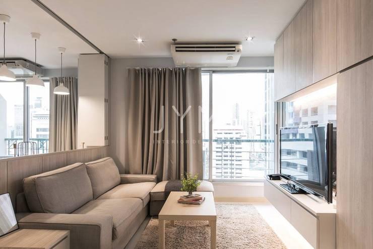 Sathorn house condo : Room 80:   by JYM interiordesign
