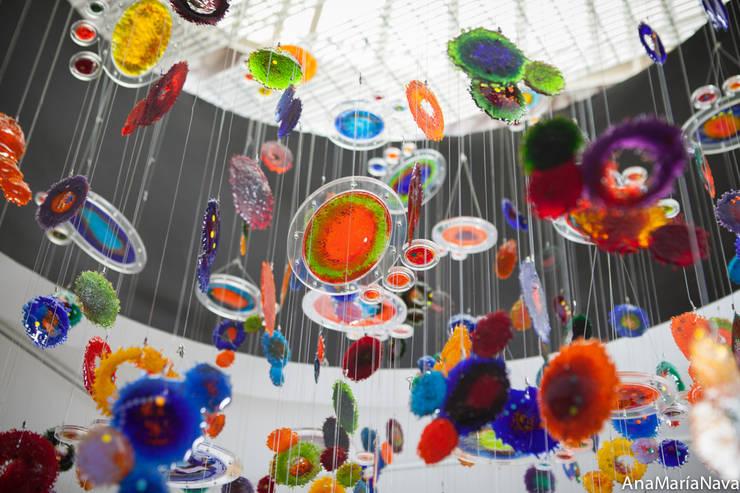 Nebula: Salas / recibidores de estilo  por Ana Maria Nava Glass